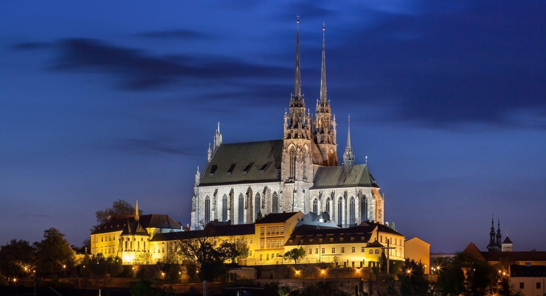 Katedrála sv. Petra a Pavla, Petrov v Brně v noci