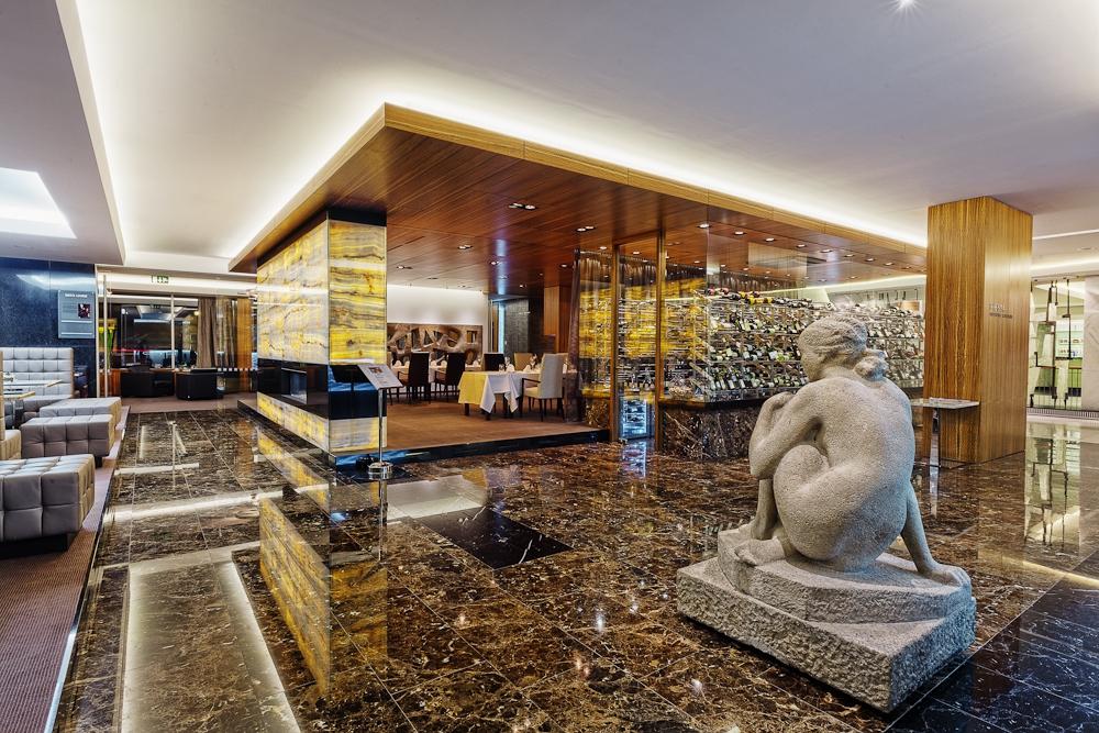 International hotel go to brno for Design hotel kuba