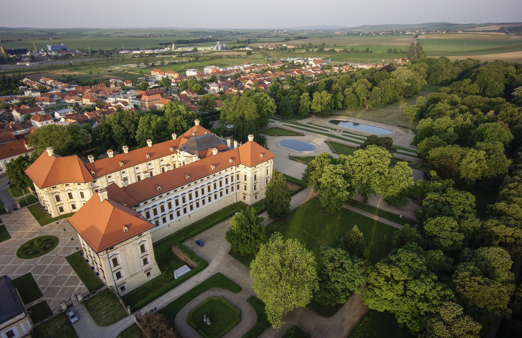 zámek Slavkov v okolí Brna