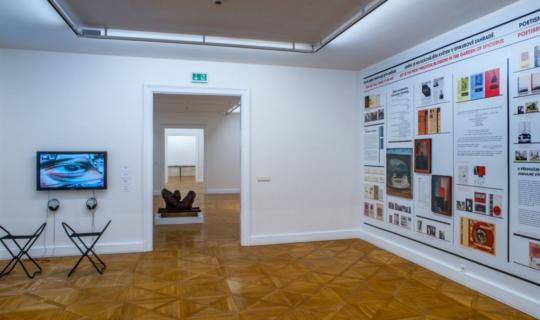 výstava Art is here moderní umění