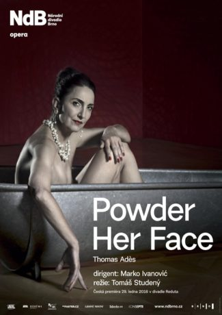 powder-her-face