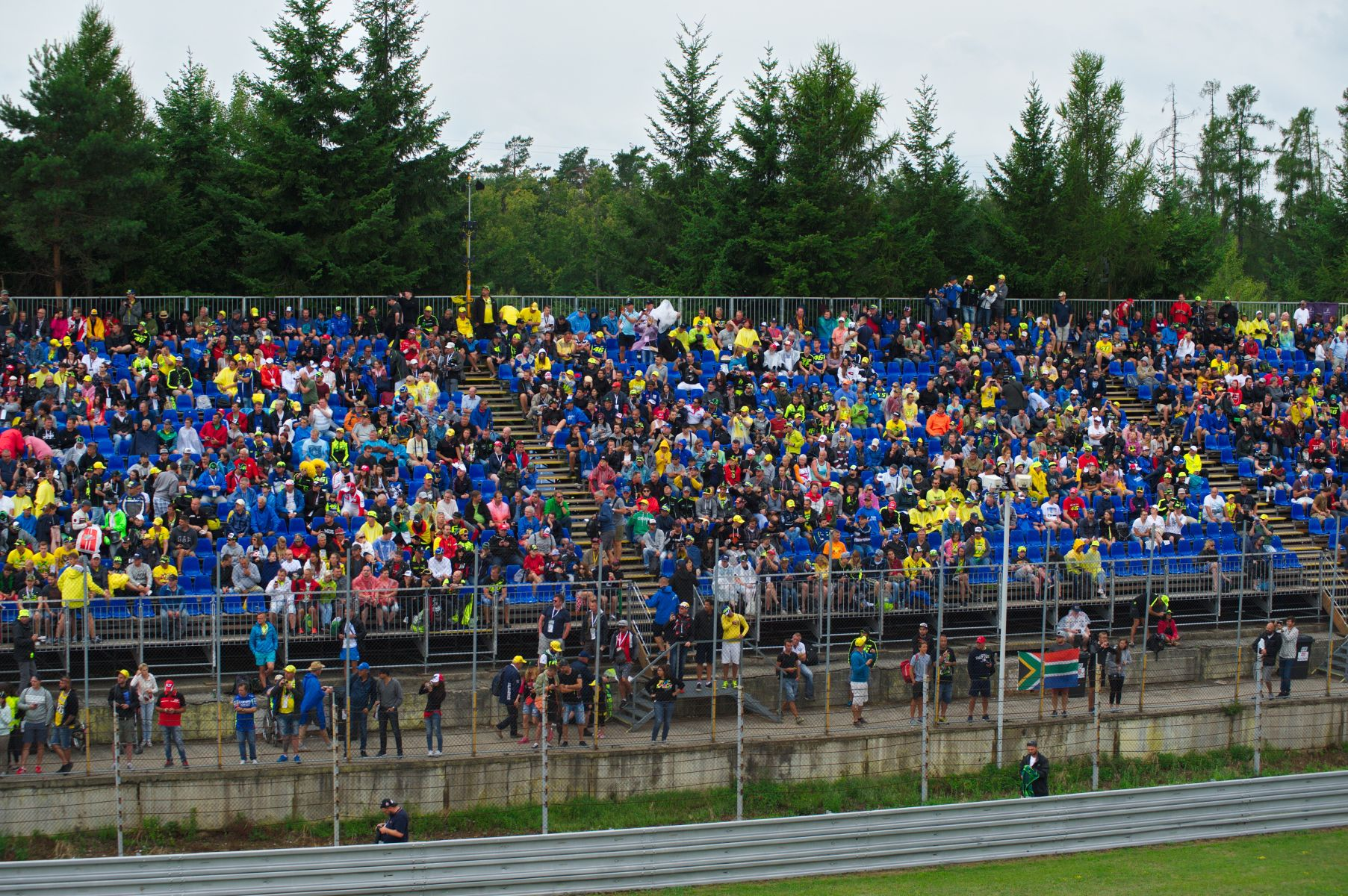 Grand Prix - Seated Grandstands