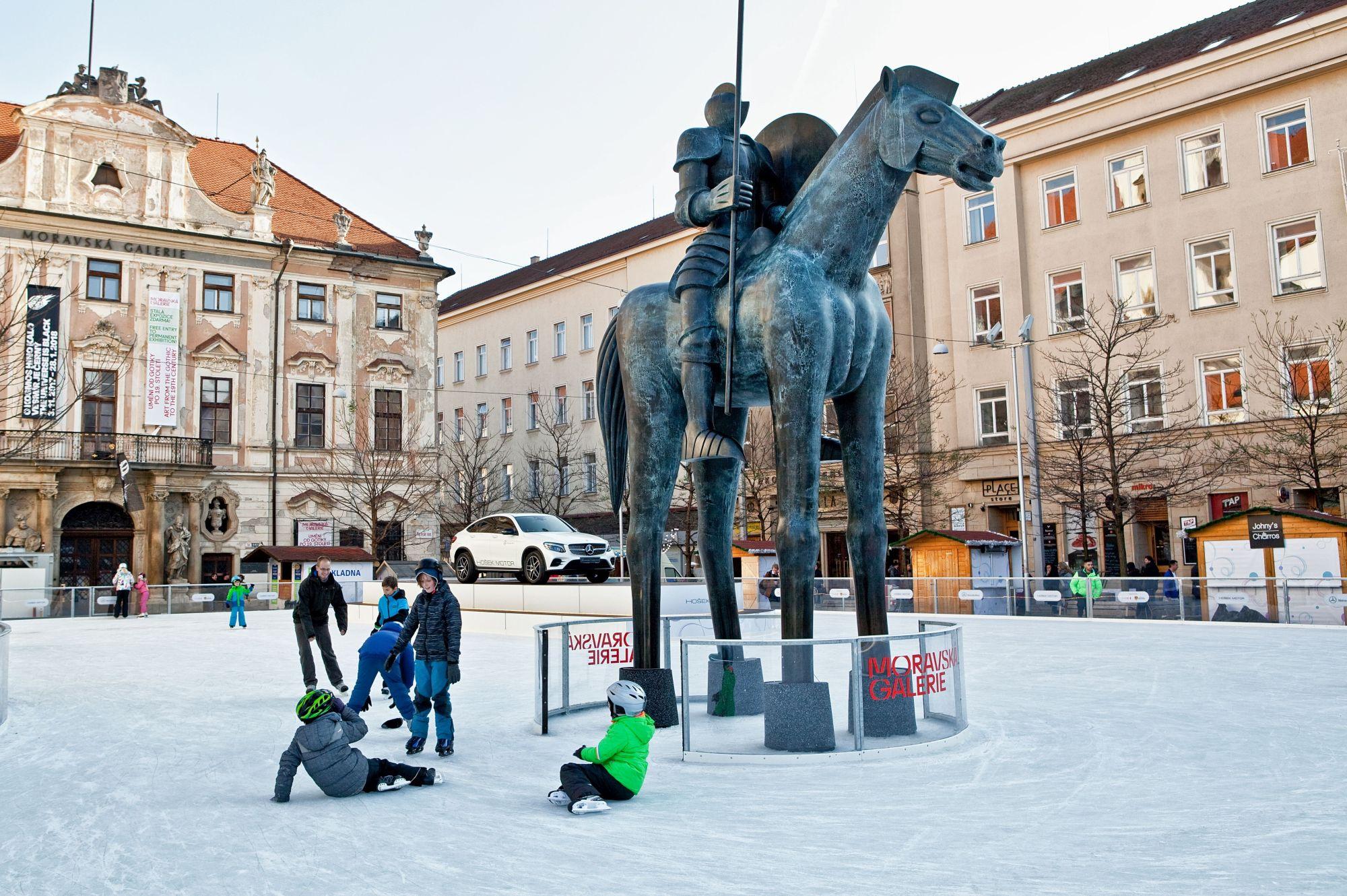 Bruslák (Ice rink)