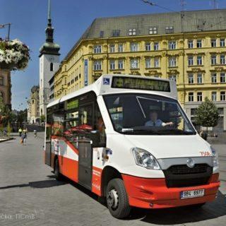 turistický minibus