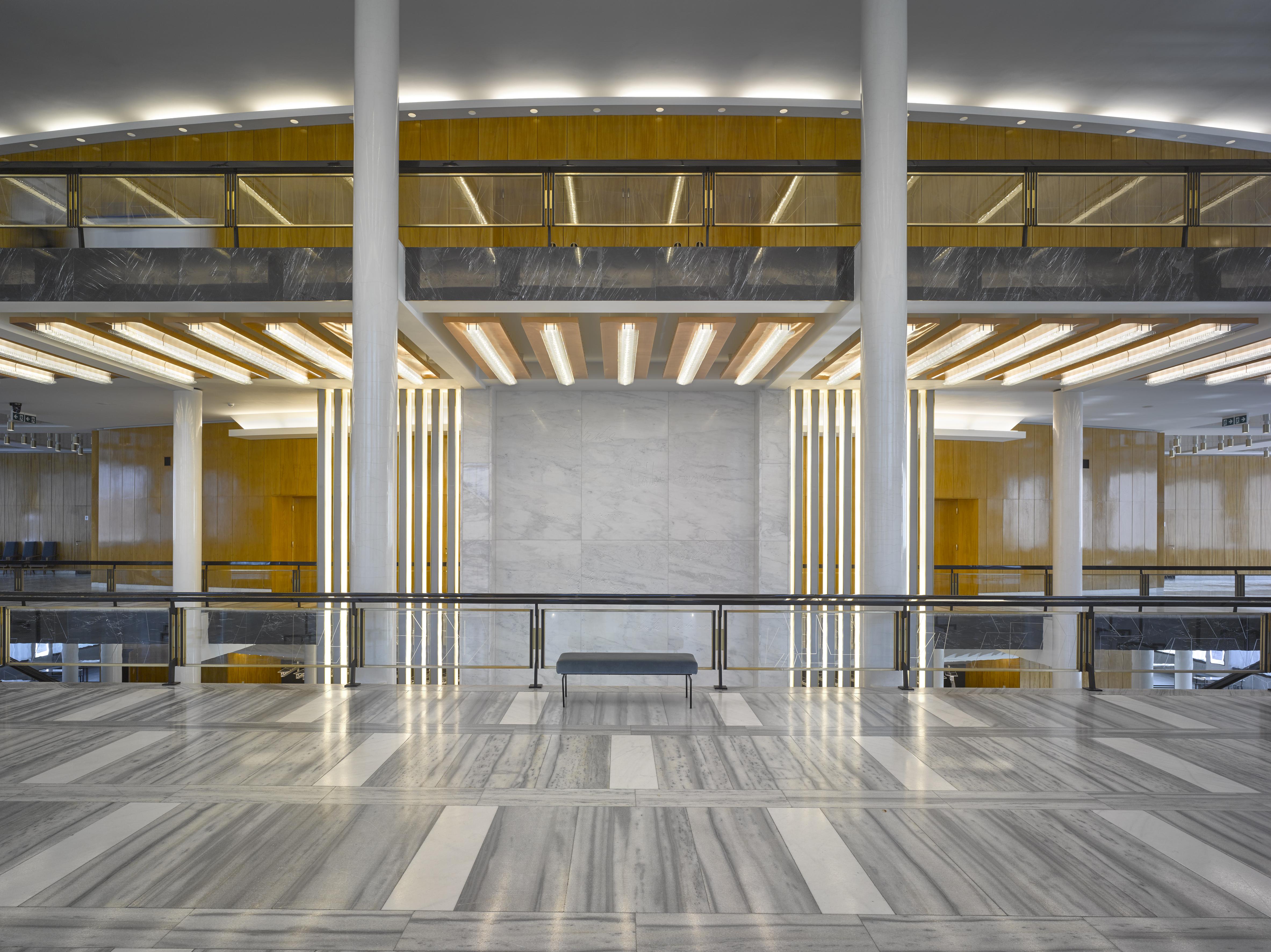 Foyer Janáčkova divadla po rekonstrukci