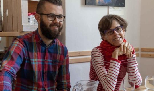 Tomáš Niederle a Kateřina Olivová během natáčení podcastu