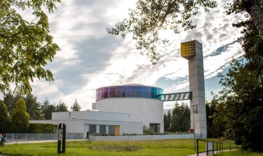 Kostel bl. Marie Restituty Kafkové na Lesné