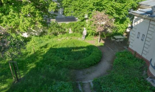 Pohled na zahradu z Chleborádovy vily. Foto_Radek Nejeschleba